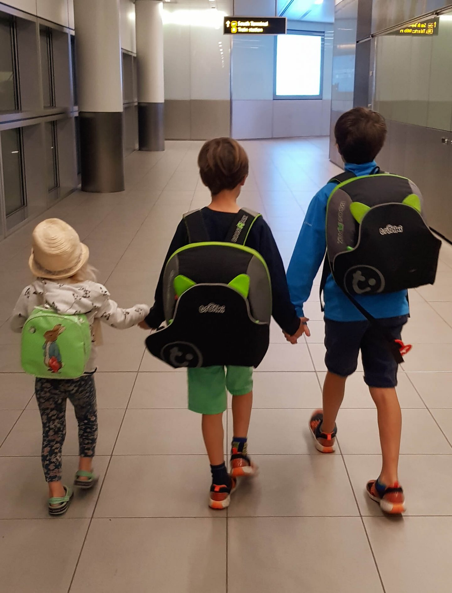 Airports with Kids: Ideas to Ease the Stress